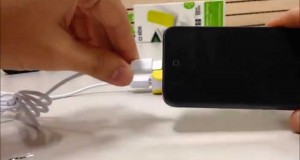 Portable battery-backup for smartphones